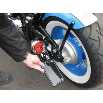 BCB License (Vertical) / Tail Light Brackets (Suzuki Volusia C50 800)