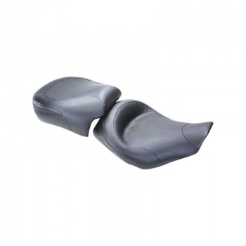 Mustang Wide Touring Smooth Solo Seat, No Studs (Harley-Davidson® FLHR/FLHX '97-07)