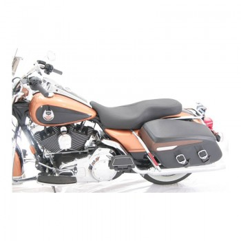 Mustang Wide Tripper™ Seat (Harley-Davidson® FLHT/FLTR/FLHX/FLHR '08-17)