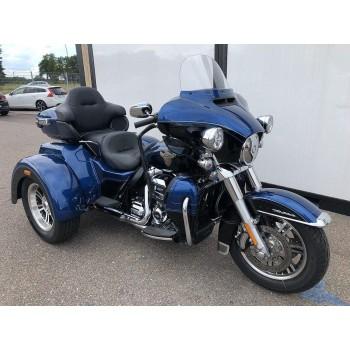 Harley-Davidson FLHTCUTG TRIKE -17